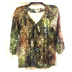 Patterned woman's blouse
